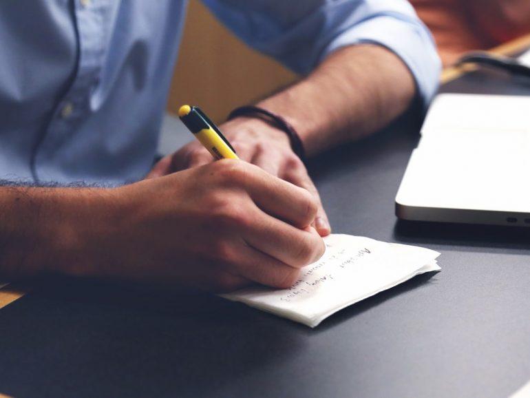 Comment choisir une bonne agence web  et référencement: 12 questions essentielles à poser