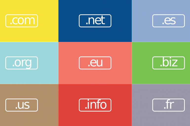 Choisir la bonne extension de domaine pour votre site web
